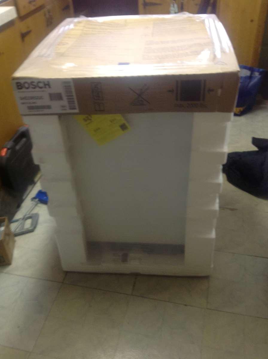 Bosch 300 Series Dishwasher Review Amp Info 187 Installation